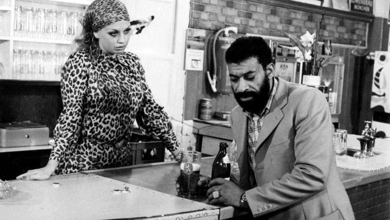 Ali: Fear Eats the Soul movie scenes