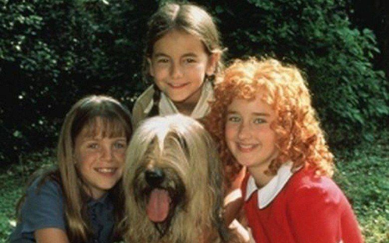 Annie: A Royal Adventure! movie scenes