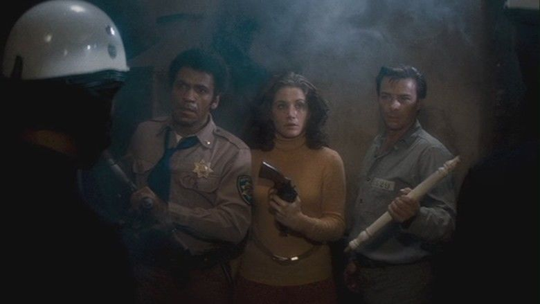 Assault on Precinct 13 (1976 film) movie scenes