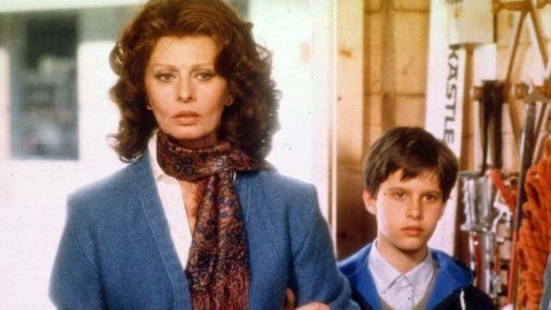 Aurora (1984 film) movie scenes