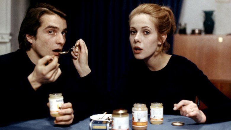 Bed and Board (1970 film) movie scenes