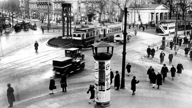 Berlin: Symphony of a Metropolis movie scenes