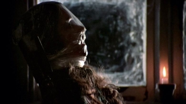 Black Christmas (1974 film) movie scenes
