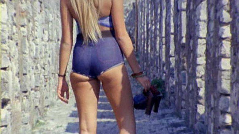 Blue Jeans (1975 film) movie scenes