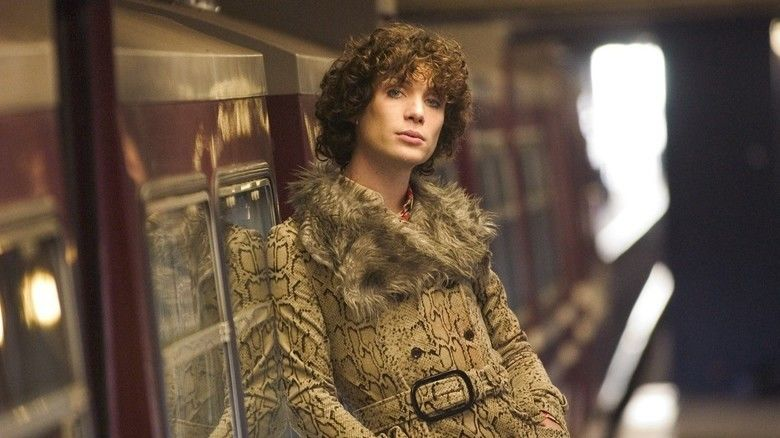 Breakfast on Pluto (film) movie scenes