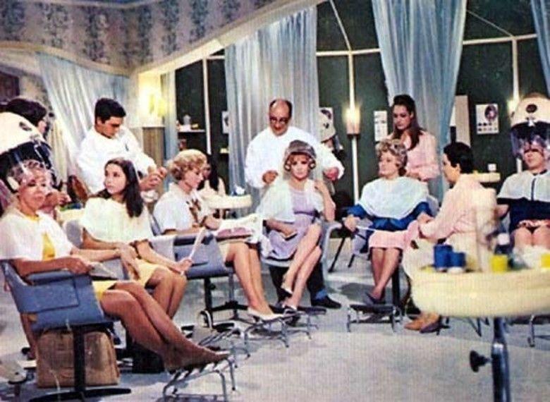 Buona Sera, Mrs Campbell movie scenes