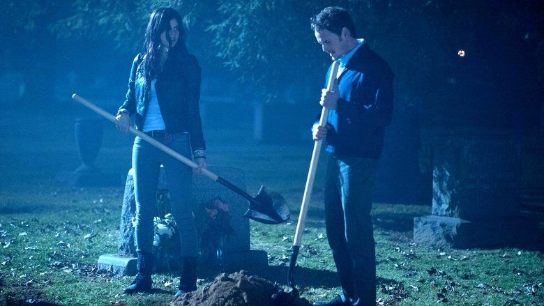 Burying the Ex movie scenes