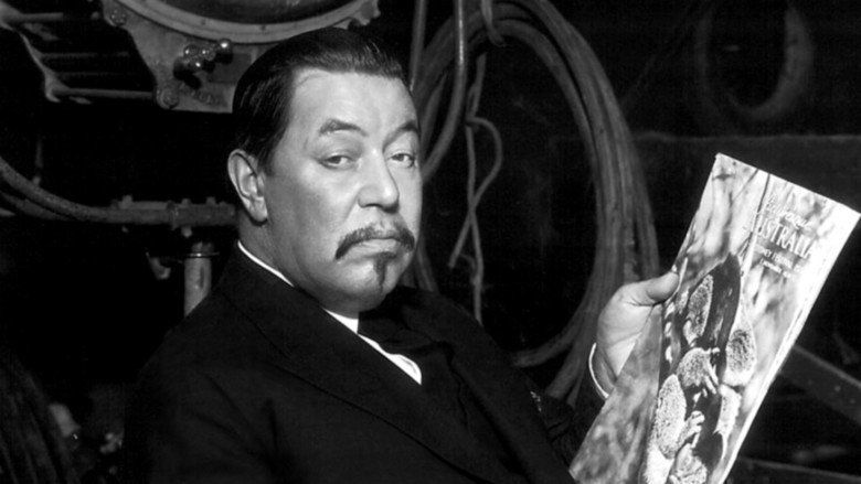 Charlie Chan in Paris movie scenes