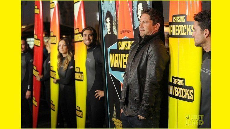 Chasing Mavericks movie scenes