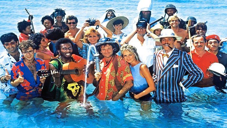 Club Paradise movie scenes