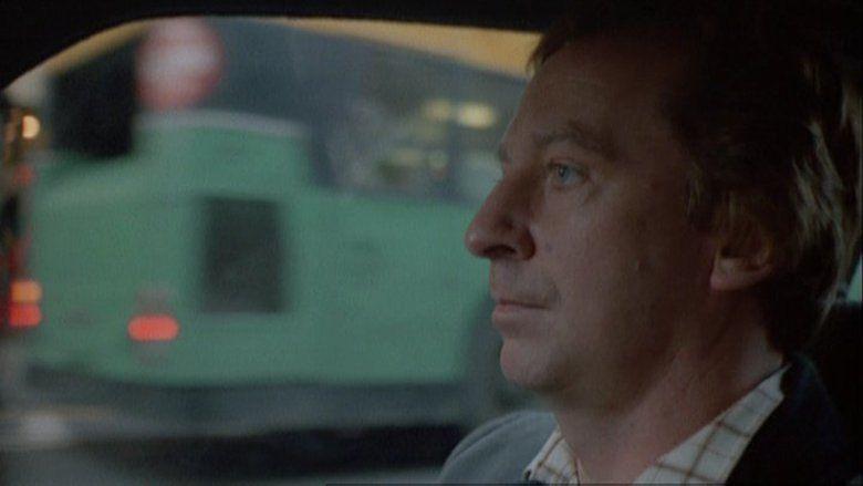 Comfort and Joy (1984 film) movie scenes