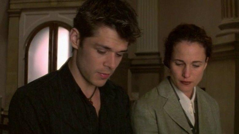 Crush (2001 film) movie scenes