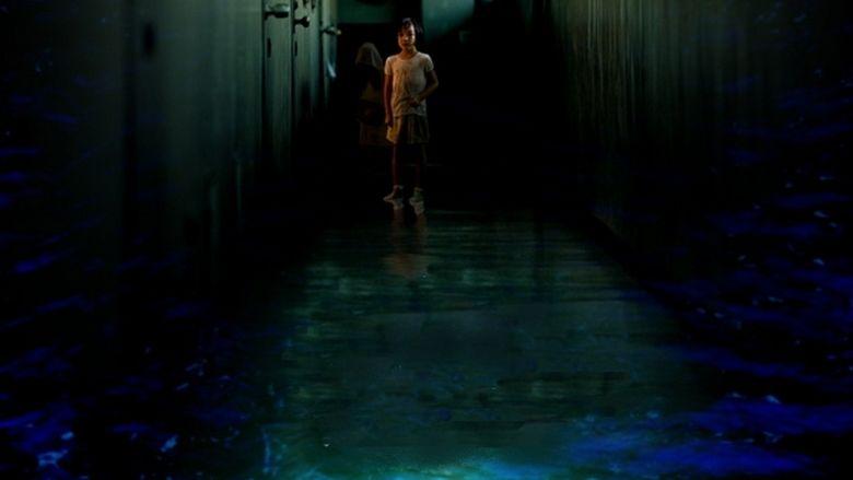 Dark Water (2002 film) movie scenes