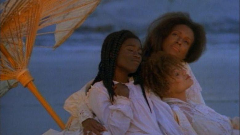 Daughters of the Dust movie scenes