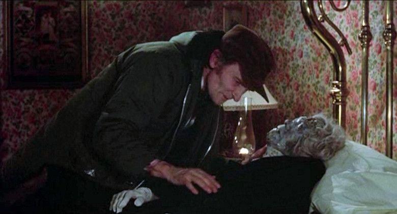 Deranged (1974 film) movie scenes