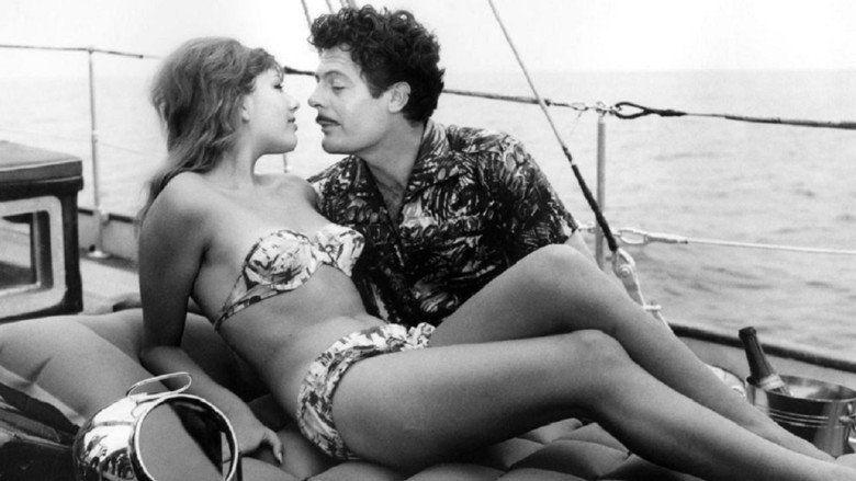 Divorce Italian Style movie scenes