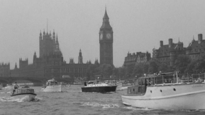 Dunkirk (film) movie scenes