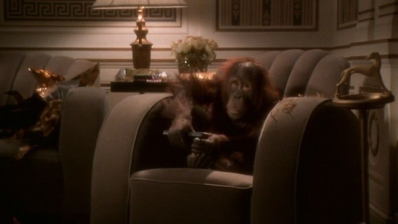 Dunston Checks In movie scenes