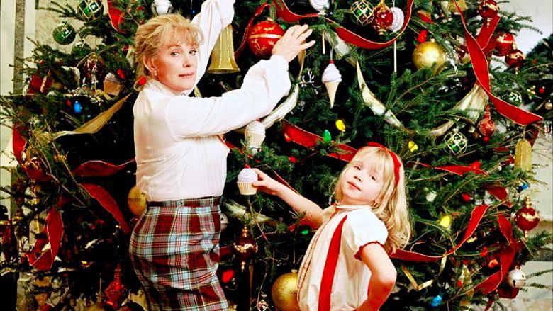 Eloise at Christmastime movie scenes