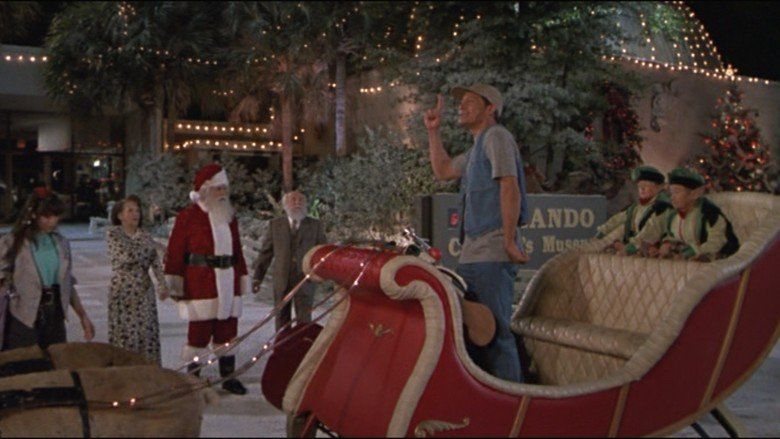 Ernest Saves Christmas movie scenes