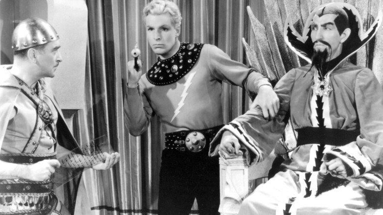 Flash Gordon Conquers the Universe movie scenes