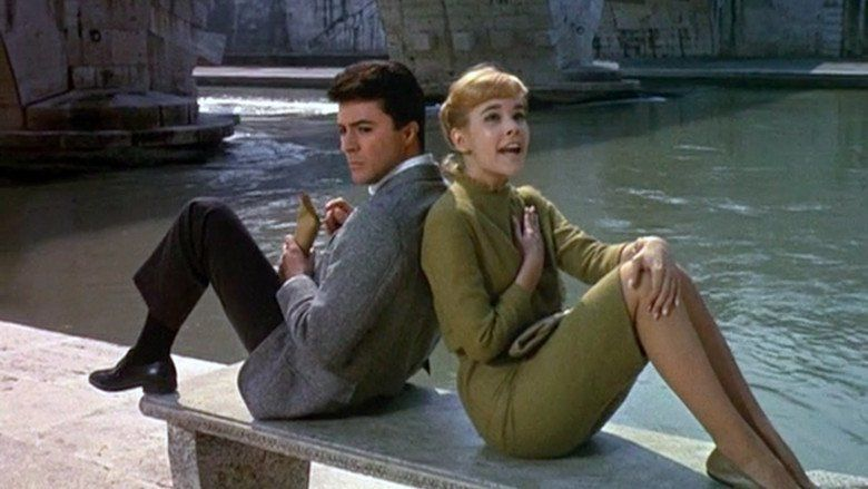 Gidget-Goes-to-Rome-images-5b238f72-6075