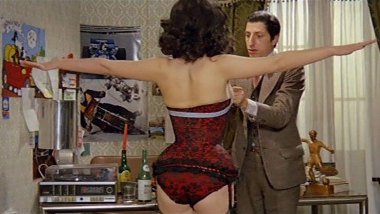 Giovannona Long Thigh movie scenes