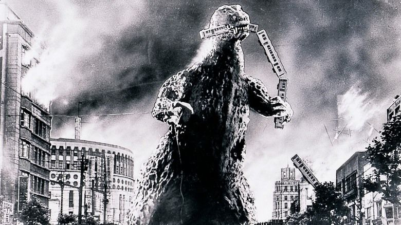 Godzilla (1954 film) movie scenes
