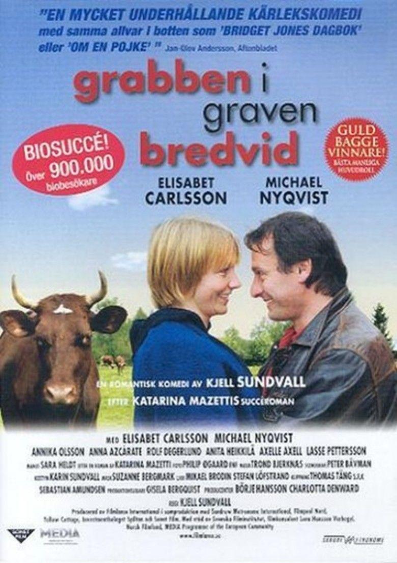 Grabben i graven bredvid movie poster