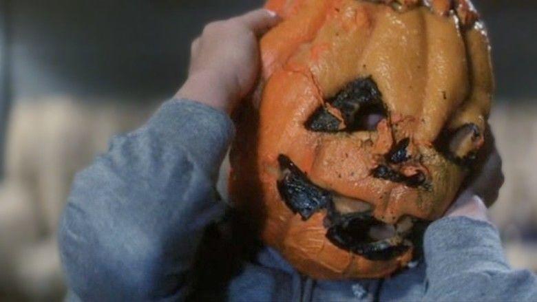 Halloween III: Season of the Witch movie scenes