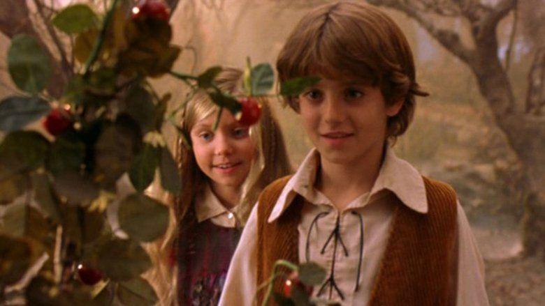 Hansel and Gretel (2002 film) movie scenes