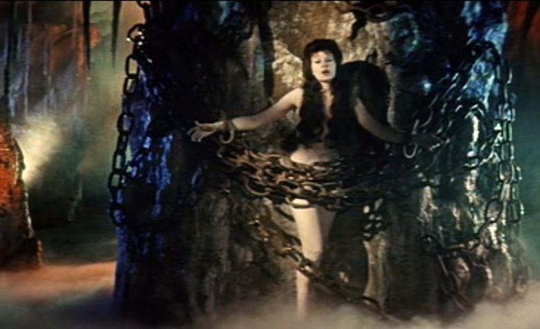 Hercules in the Haunted World movie scenes