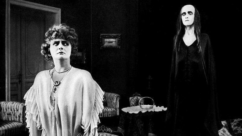 Hilde Warren und der Tod movie scenes