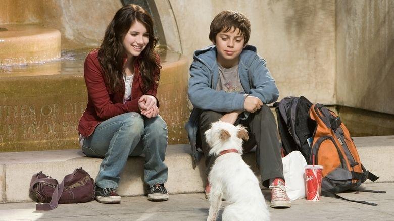 Hotel for Dogs (film) movie scenes