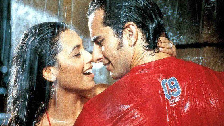 Hum Tum movie scenes