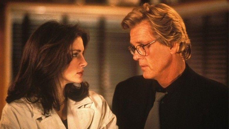 I Love Trouble (1994 film) movie scenes