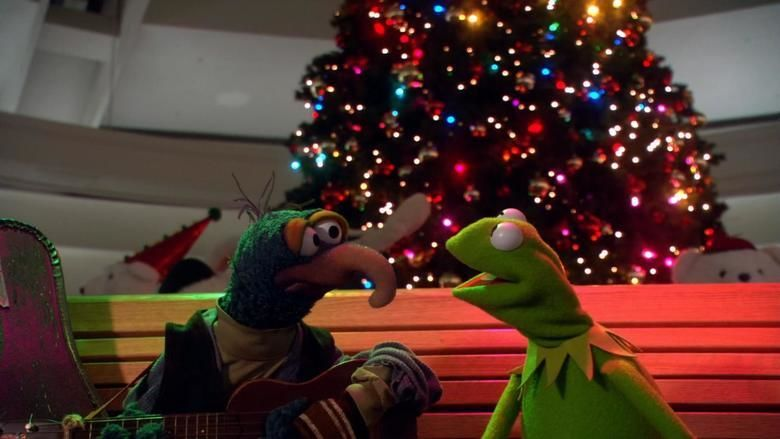 Its a very merry muppet christmas movie movie scenes