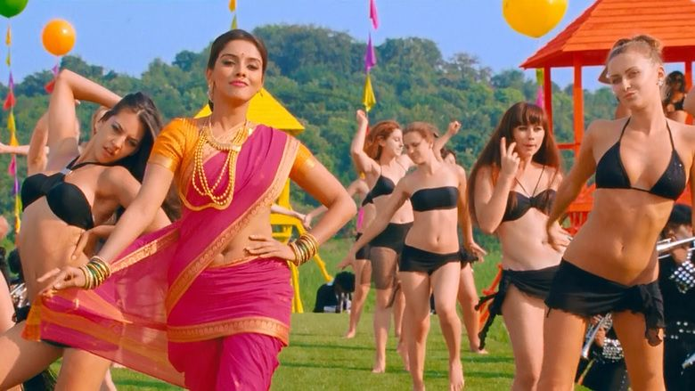 Khiladi 786 movie scenes