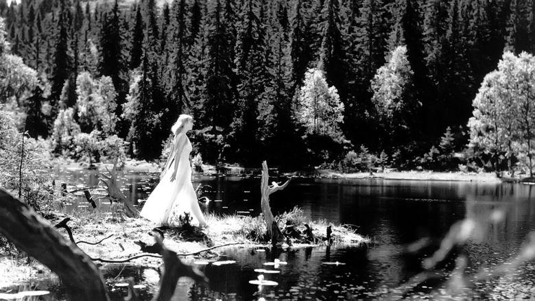 Lake of the Dead movie scenes