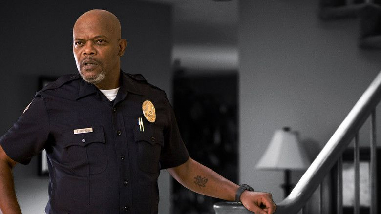 Lakeview Terrace movie scenes