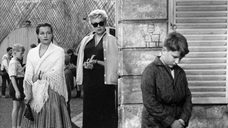Les Diaboliques (film) movie scenes