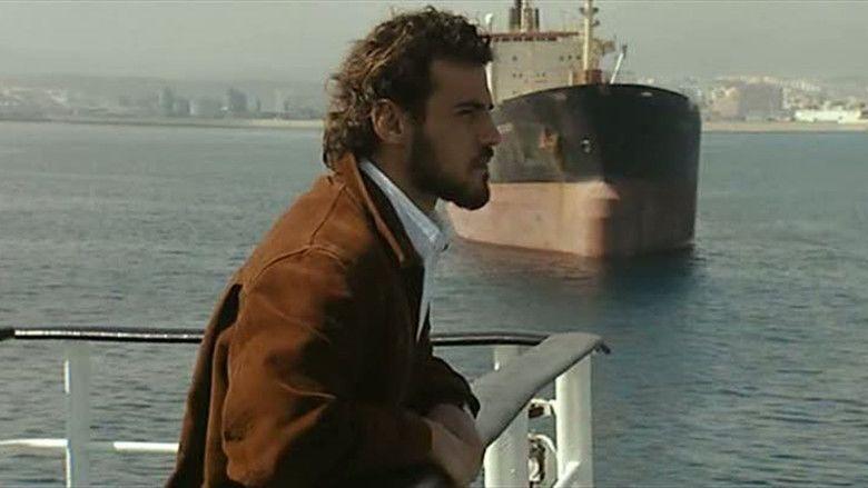 Loin (film) movie scenes