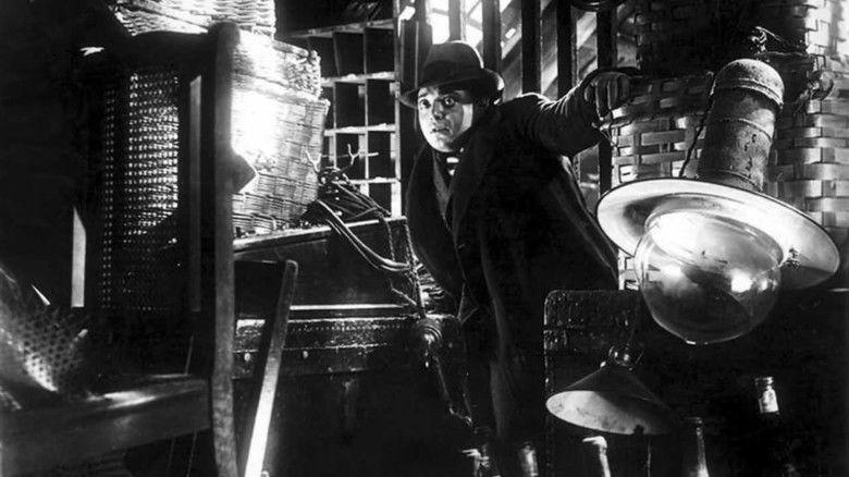 M (1931 film) movie scenes