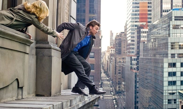 Man on a Ledge movie scenes