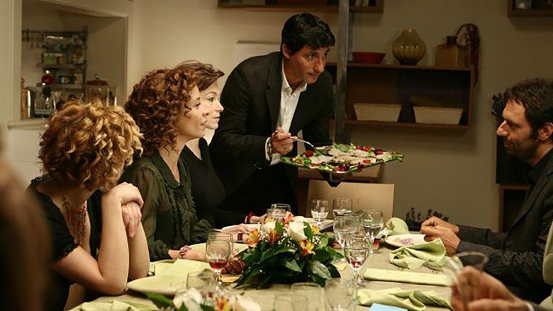 Metti, una sera a cena movie scenes