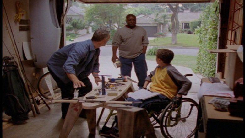 Miracle in Lane 2 movie scenes
