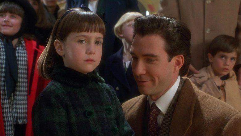 Miracle on 34th Street (1994 film) movie scenes