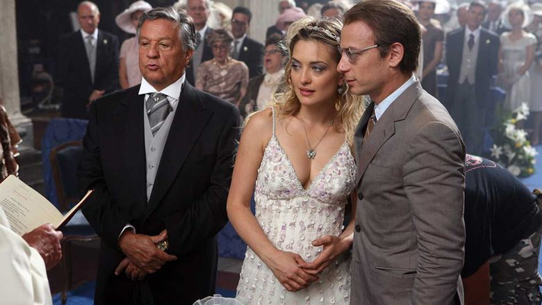 Oggi sposi (2009 film) movie scenes