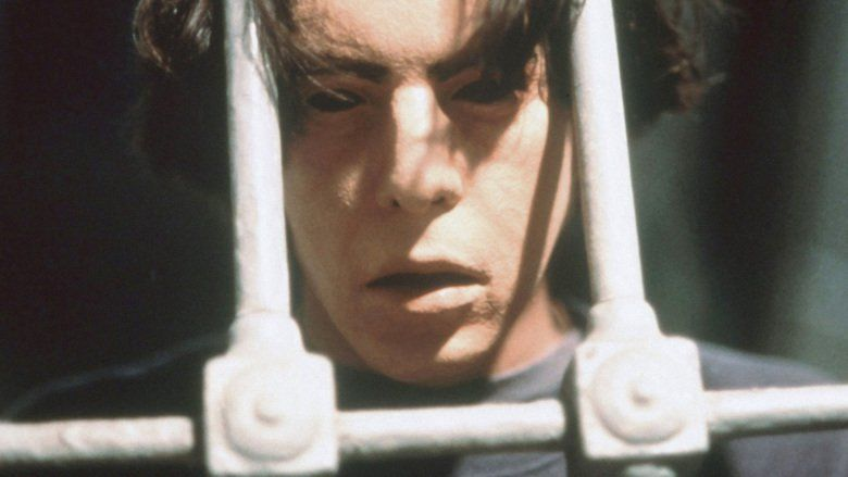 Open Your Eyes (1997 film) movie scenes