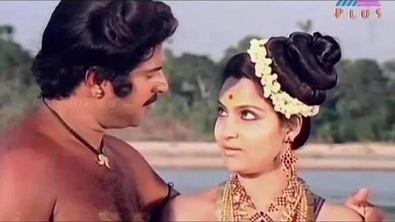 Oru Vadakkan Veeragatha movie scenes